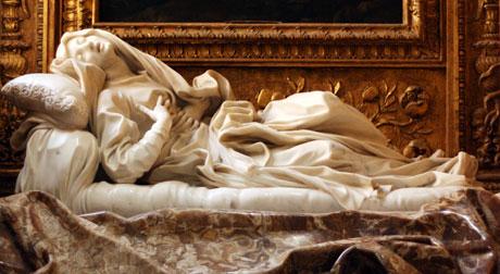 Escultura da Beata Ludovica Albertoni, de Bernini.
